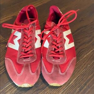 GOLAxMNG Athletic Shoes